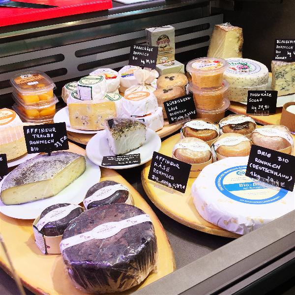 Food-Explorers-Genuss-x-Zeit-Schwetzingen-cheeses