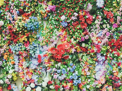 Food-Explorers-Summer-Colours-Potluck-Party-Flowers