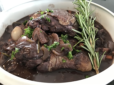 Food-Explorers-Cook-and-Lunch-Recipe-Coq-au-Vin