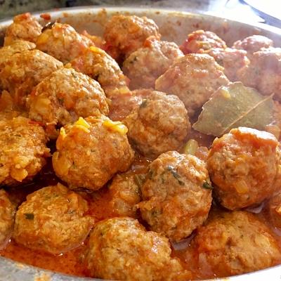 Food-Explorers-Cook-and-Lunch-Recipe-Albondigas