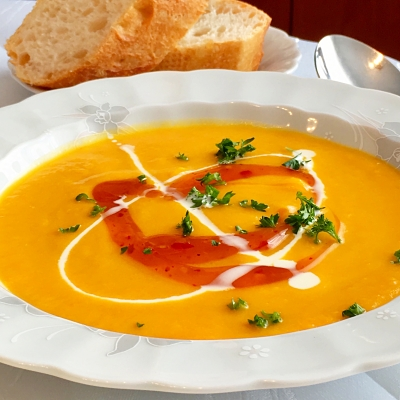 Food-Explorers-Cook-and-Lunch-Recipe-Pumpkin-Soup-with-Mango
