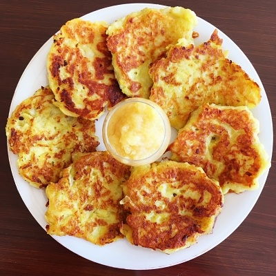 Food-Exploreres-Cook-and-Lunch-Recipe-Potato-Pancakes