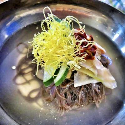 Food-Explorers-Food-Buzz-Articles-Korean-Naengmyeon-Cold-Noodles